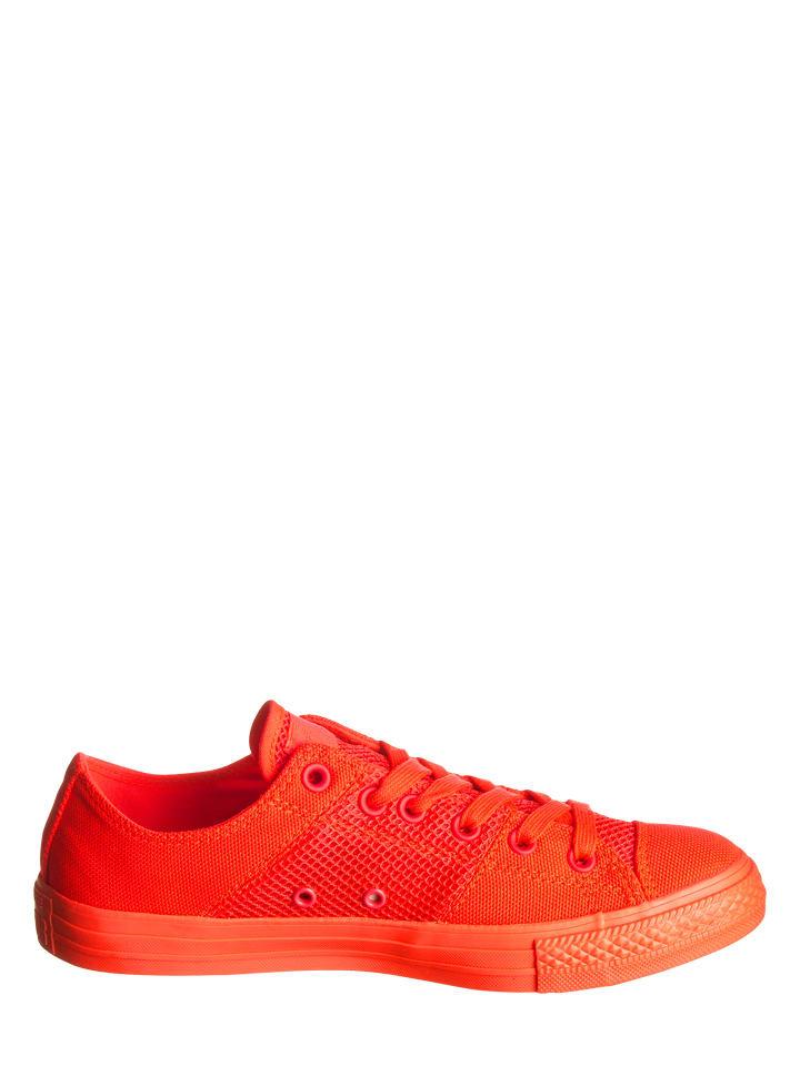 Converse Sneakers in Neonrot