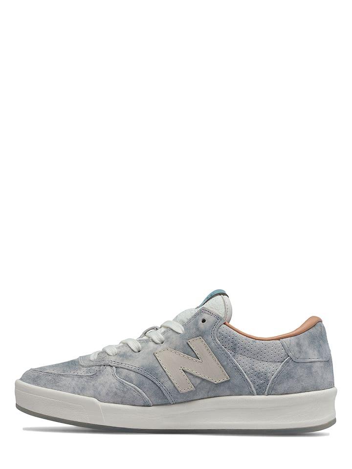 """New Balance Leder-Sneakers """"300"""" in Hellblau"""