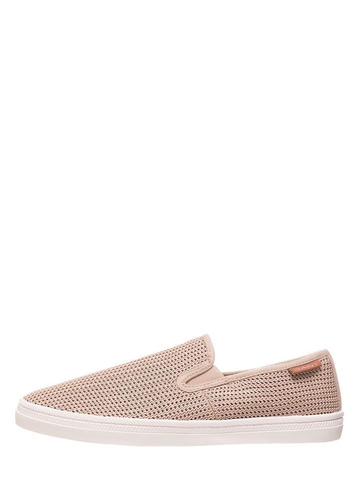 Footwear in \