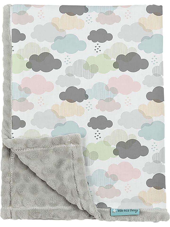 """Little nice things Kocyk """"Clouds"""" w kolorze kremowym ze wzorem - 170 x 130 cm"""