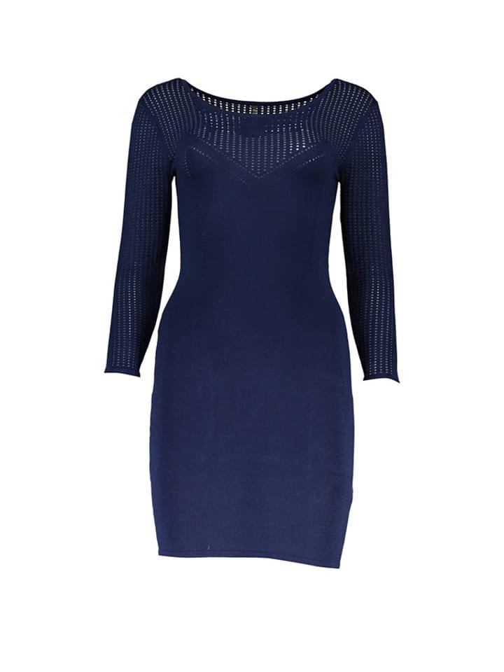 Guess Sukienka w kolorze niebieskim