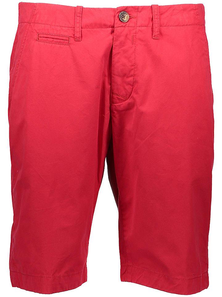 """Peak Performance Bermudy """"Matwau"""" w kolorze czerwonym"""