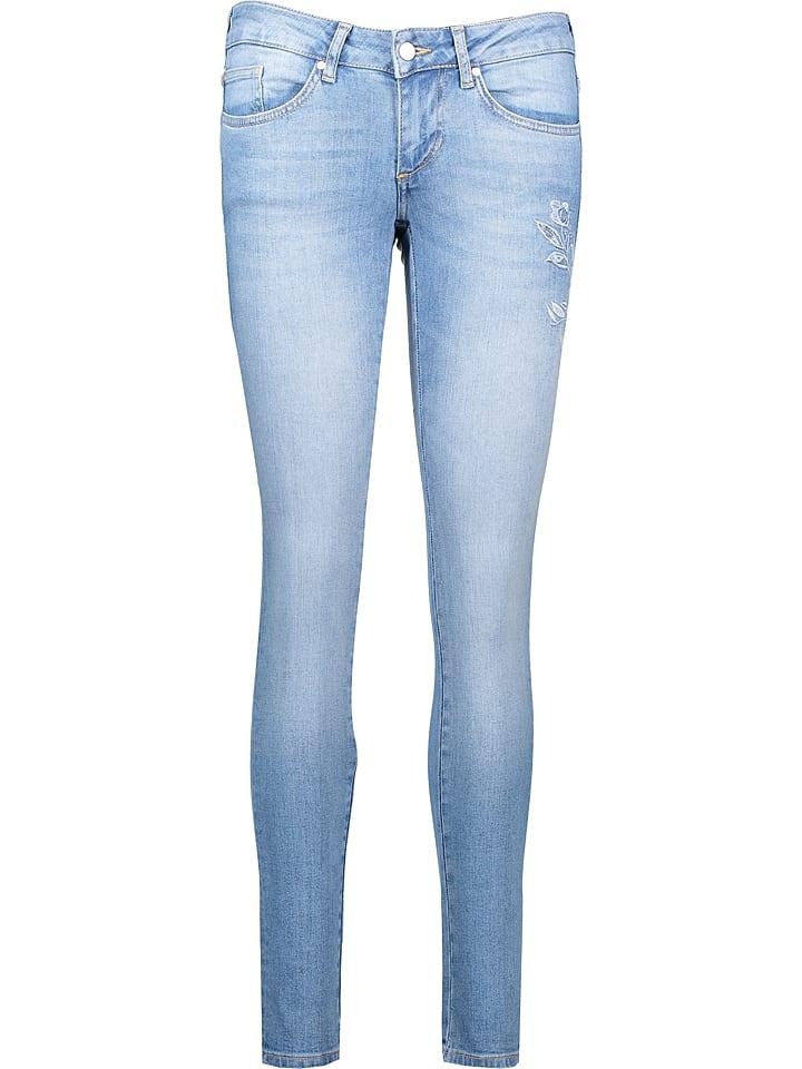 """Mustang Dżinsy """"Gina"""" - Slim fit - w kolorze błękitnym"""