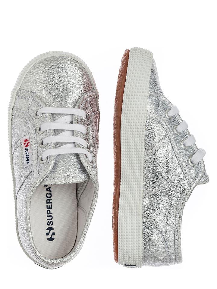 "Superga Sneakersy ""Lamebumpj"" w kolorze srebrnym"