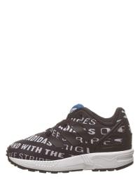 121cc788b68 Adidas Kinderschoenen voordelig in de Outlet | SALE