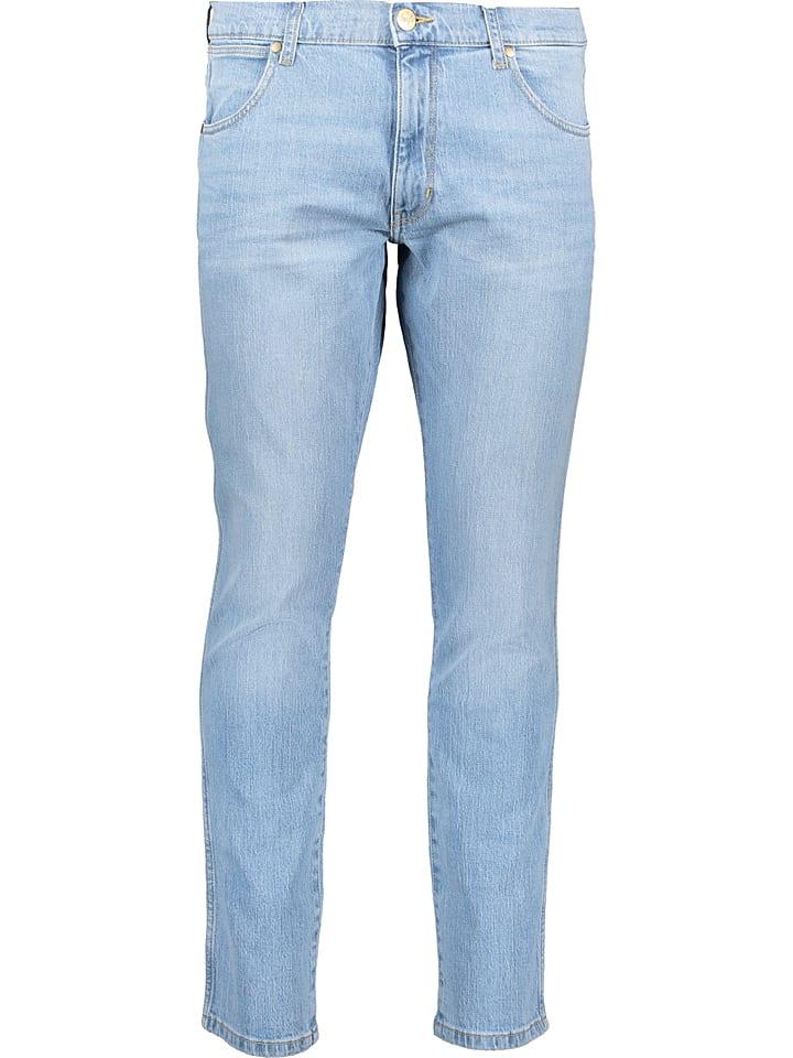 """Wrangler Dżinsy """"Larston"""" - Slim tapered fit - w kolorze błękitnym"""