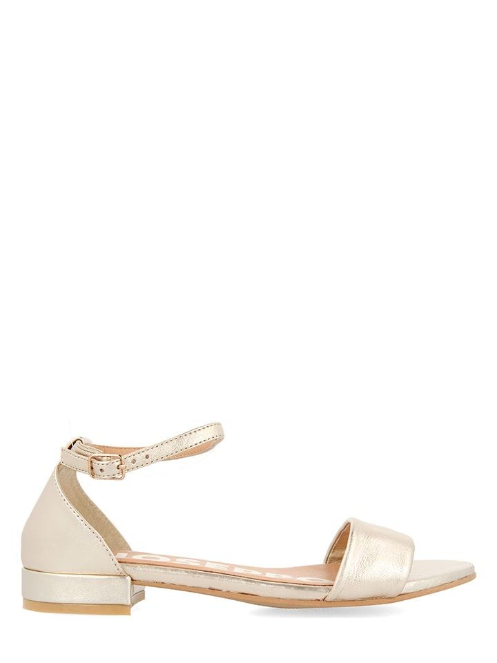 Gioseppo Leren sandalen goudkleurig