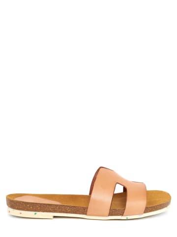 CLKA Leren slippers nude