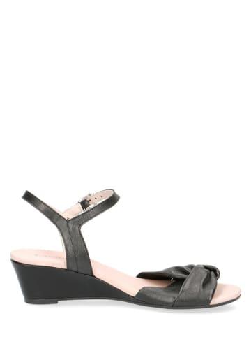 """Caprice Skórzane sandaly """"Arielle"""" w kolorze czarnym"""