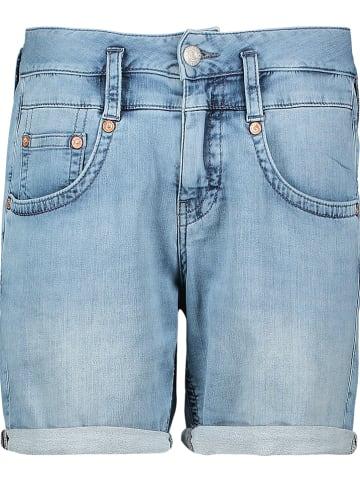 """Herrlicher Szorty dżinsowe """"Pitch"""" w kolorze błękitnym"""