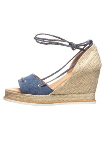 Cinque Sandały w kolorze niebiesko-beżowym na koturnie