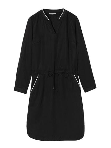 TATUUM Kleid in Schwarz