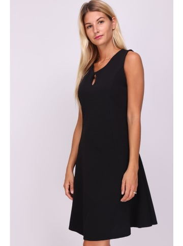 """Chic & Pretty Sukienka """"Yonita"""" w kolorze czarnym"""
