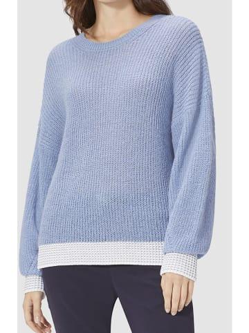 Rich & Royal Sweter w kolorze błękitnym