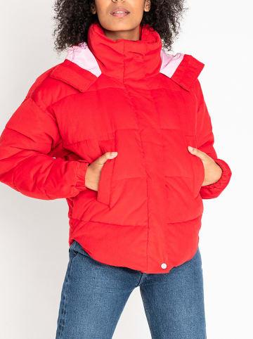 Lee Jeans Kurtka zimowa w kolorze czerwonym