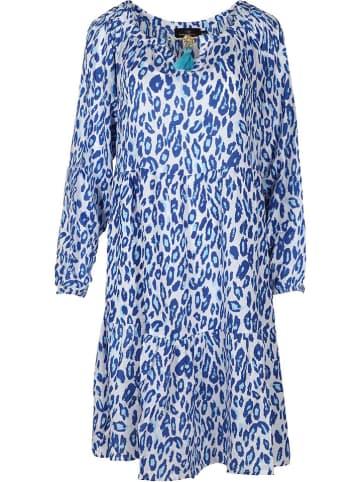 """Zwillingsherz Sukienka """"Tara"""" w kolorze biało-niebieskim"""