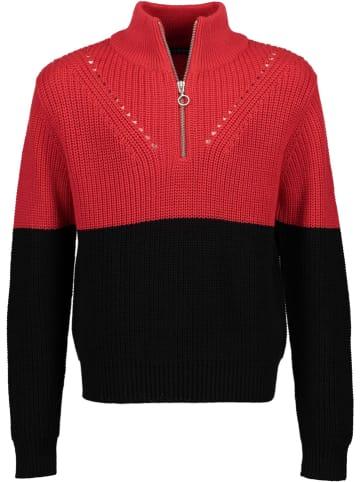 Blue Seven Sweter w kolorze czerwono-czarnym