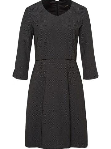 Damenkleider günstig im Outlet kaufen ✔️ bis -9% im SALE ⚡
