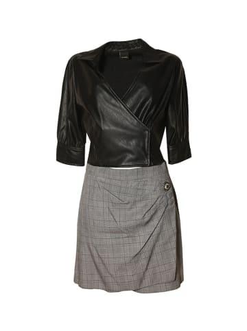 Pinko 2-czesciowy zestaw w kolorze czarno-szarym - bluzka, szorty