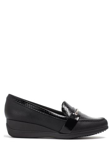 Piccadilly Slippersy w kolorze czarnym