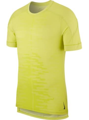 """Nike Trainingsshirt """"Dry"""" geel"""