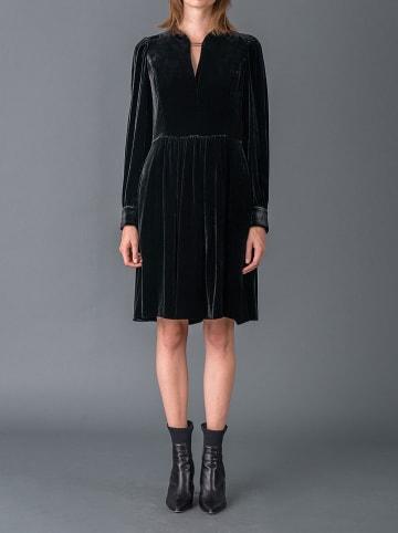 Strenesse Sukienka w kolorze czarnym