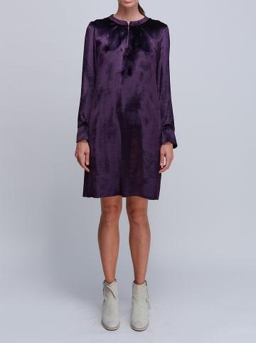 Strenesse Sukienka w kolorze fioletowym