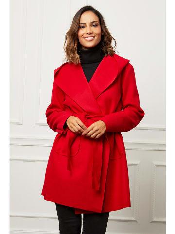 Curvy Lady Płaszcz przejściowy w kolorze czerwonym