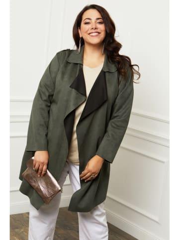 Curvy Lady Płaszcz przejściowy w kolorze khaki