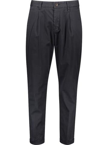 Marc O'Polo Spodnie - Relaxed fit - w kolorze czarnym