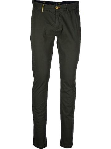 NEW ZEALAND AUCKLAND Spodnie chino w kolorze khaki