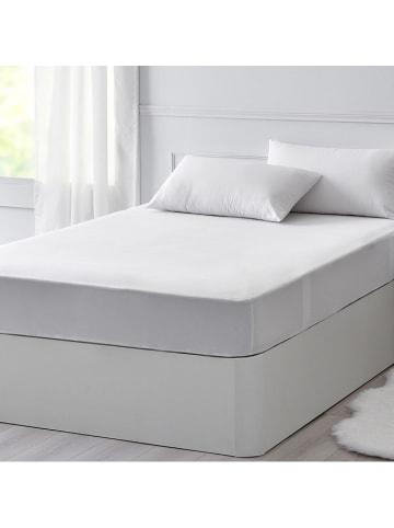 Pikolin Ochraniacz w kolorze białym na materac
