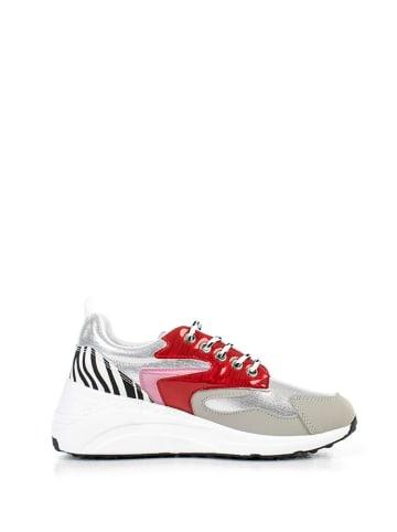 Musk Sneakersy w kolorze białym ze wzorem