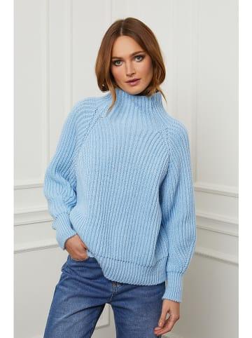 """Joséfine Wełniany sweter """"Baby"""" w kolorze błękitnym"""