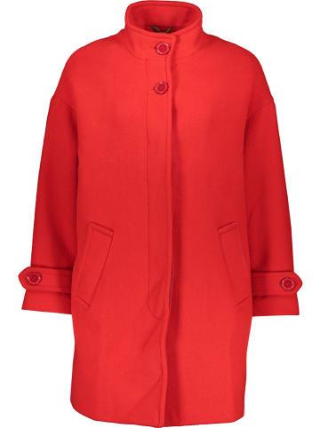 Benetton Płaszcz przejściowy w kolorze czerwonym