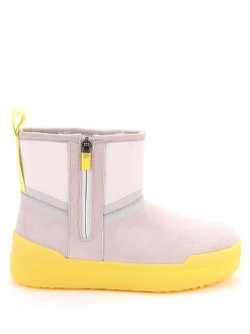 "UGG Leder-Boots ""Classic Tech Mini"" in Beige"