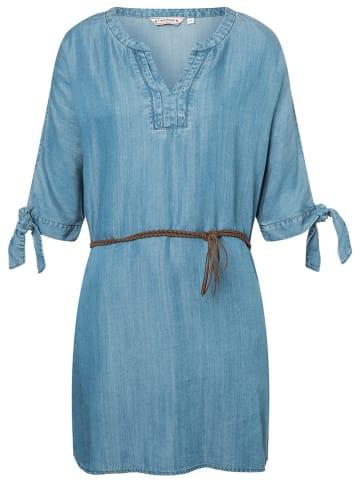 Timezone Kleid in Blau