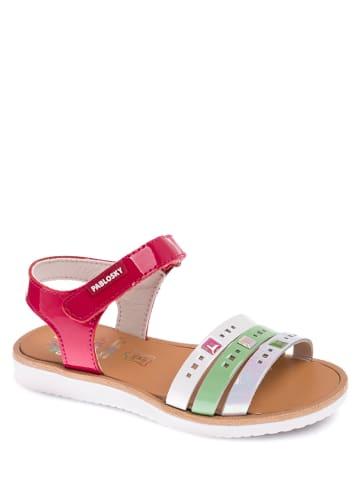 Pablosky Skórzane sandały z kolorowym wzorem
