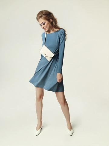 Madnezz Sukienka w kolorze niebieskim