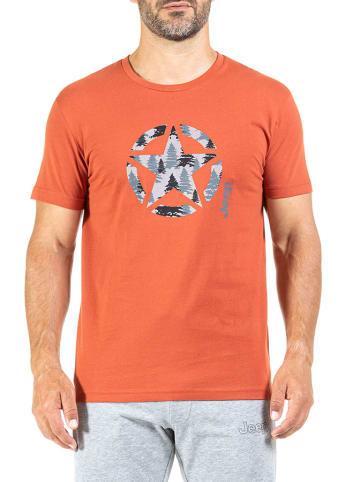 Jeep T-shirt w kolorze pomarańczowym