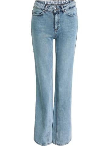 Oui Dżinsy - Flared fit - w kolorze błękitnym
