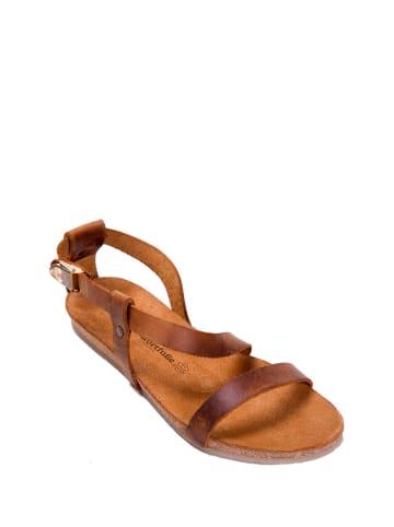 Comfortfusse Skórzane sandały w kolorze brązowym