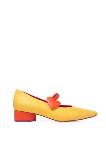 Agatha Ruiz de la Prada Skórzane czółenka w kolorze żółto-czerwonym