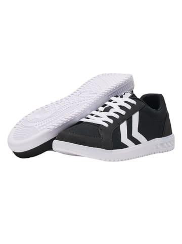 """Hummel Sneakers """"Deuce Court"""" in Schwarz"""