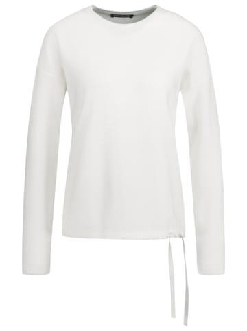 ONE MORE STORY Sweter w kolorze białym