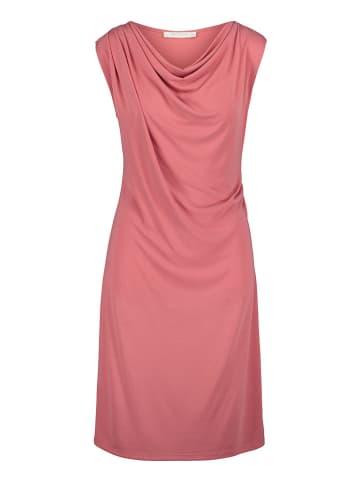 BETTY & CO Sukienka w kolorze jasnoróżowym