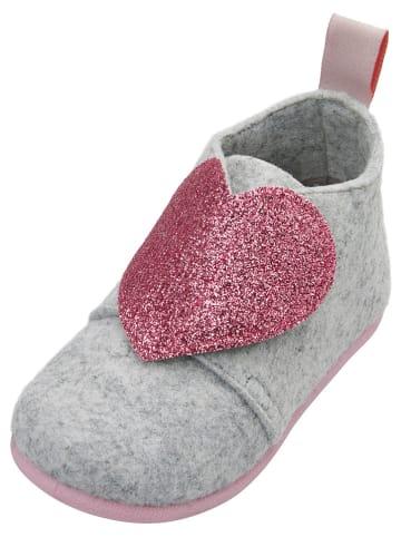 Playshoes Kapcie w kolorze szarym