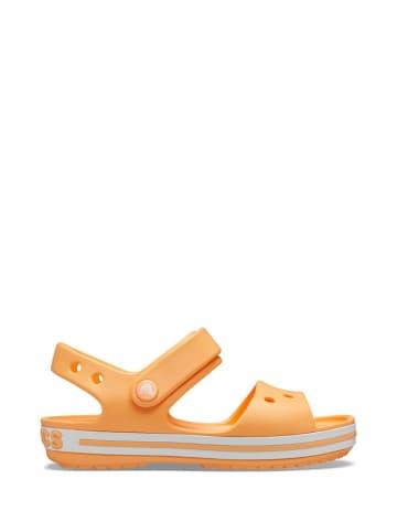Crocs Sandały w kolorze pomarańczowym