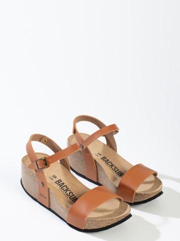 """BACKSUN Sandały """"Hongkong"""" w kolorze karmelowym na koturnie"""