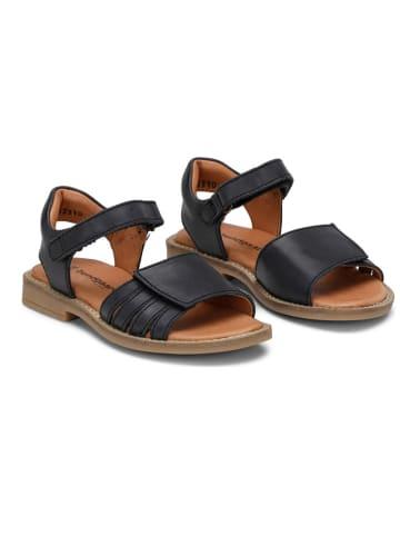 "Bundgaard Skórzane sandały ""Annike"" w kolorze czarnym"